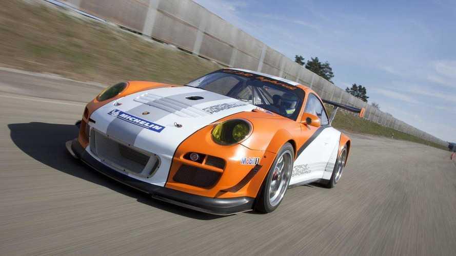 Porsche 911'in hibrit modeli bekletiliyor