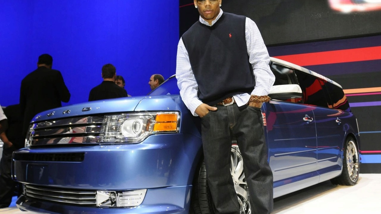 Nelly's Customized 2009 Ford Flex at SEMA