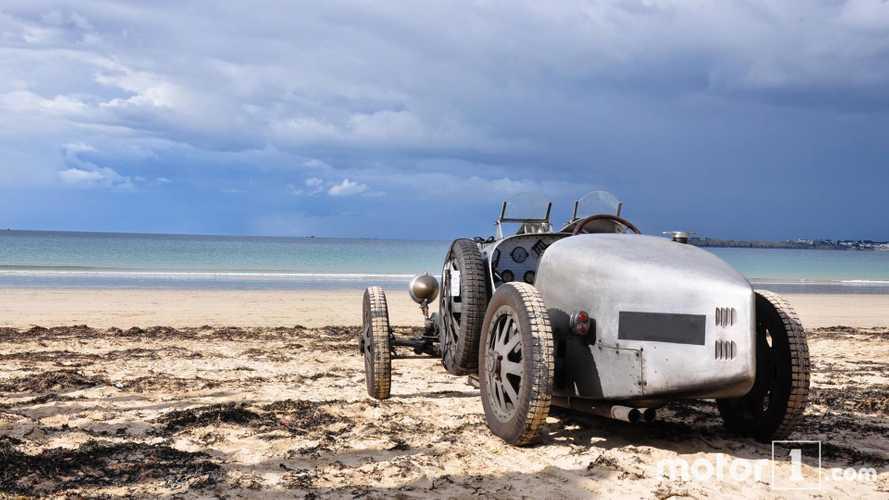 Mit dem Bugatti Type 35 (1925) in Saint-Malo (Frankreich)