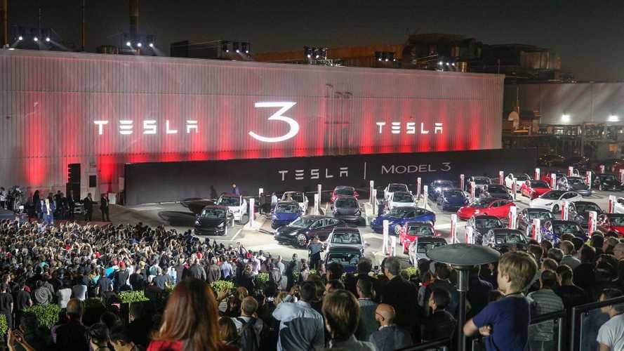 Tesla Model 3 - Une version quatre roues motrices en juillet ?