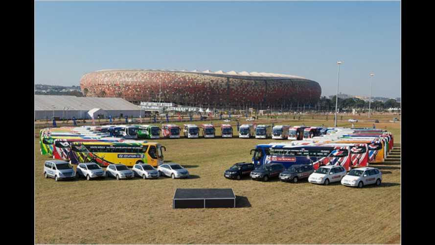 Fußballstars reisen mit Hyundai durch Südafrika