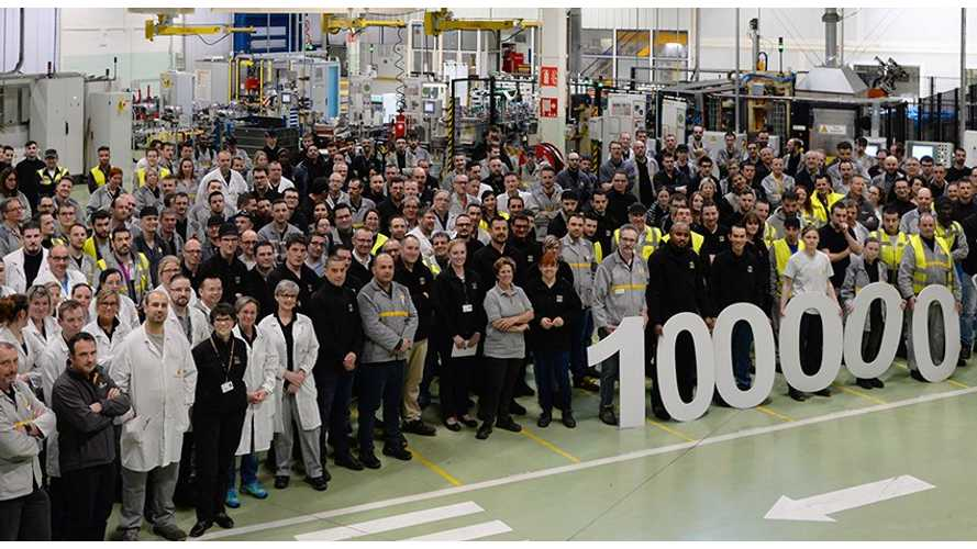 Renault Celebrates 100,000th Electric Motor Produced In Cléon