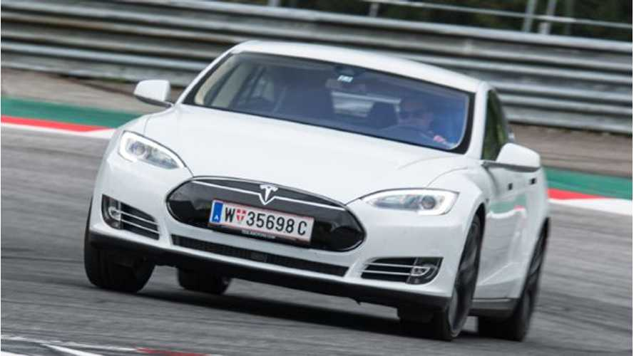 Tesla Model S P85D - Top Gear Test Drive