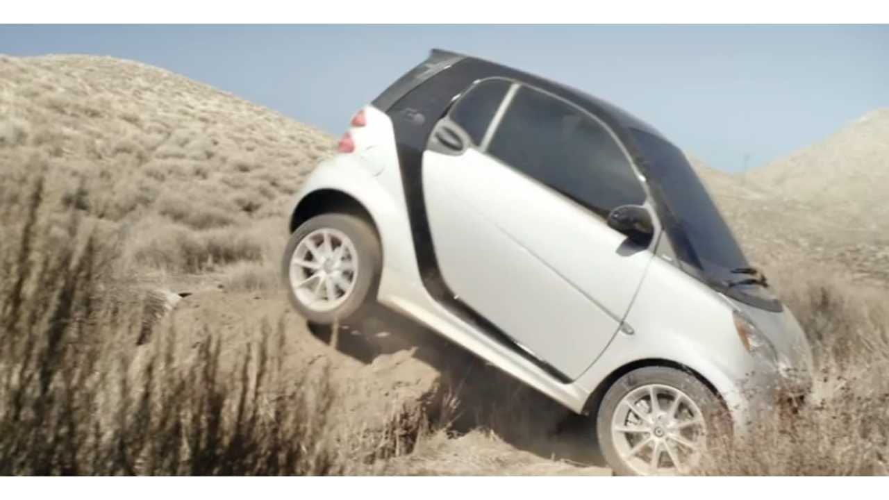 Car2go S Smart Ed In San Go Hit Obstacle