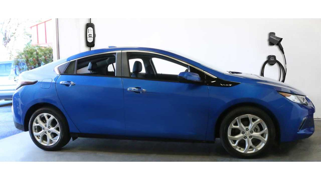2016 Chevrolet Volt And Level 2 ClipperCreek Charging Station
