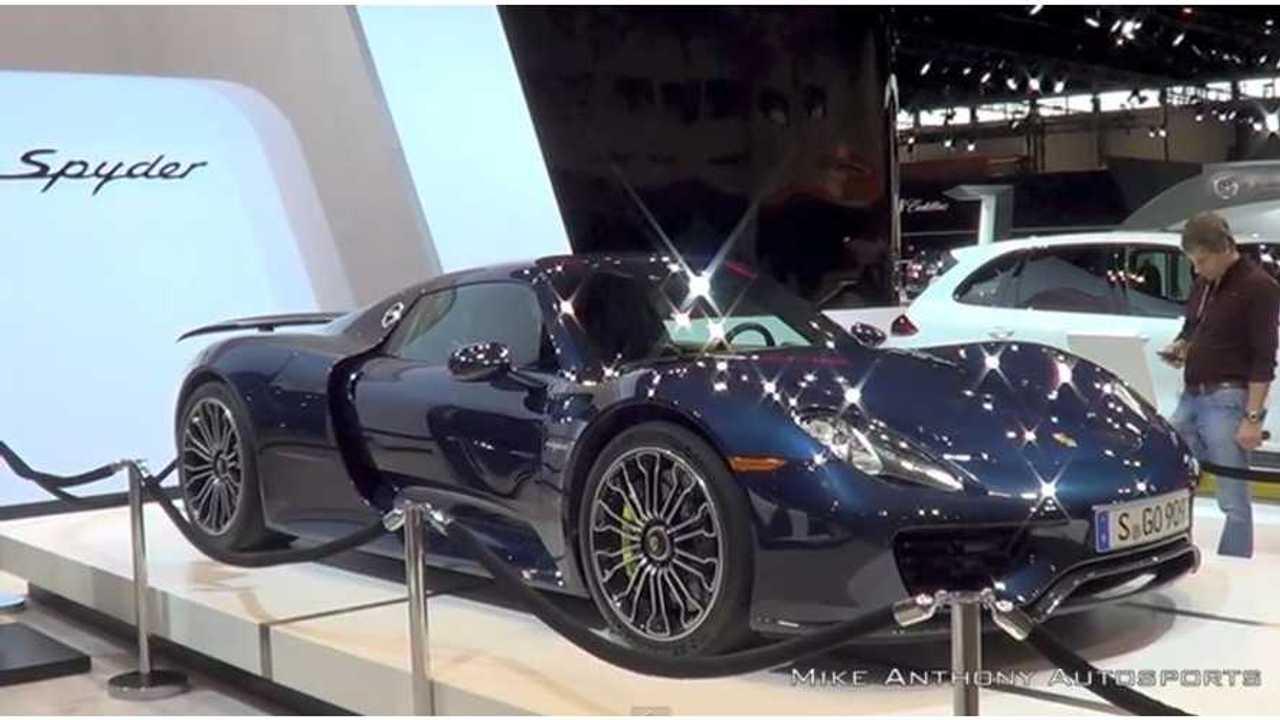 Porsche 918 Spyder At 2015 Chicago Auto Show - Video