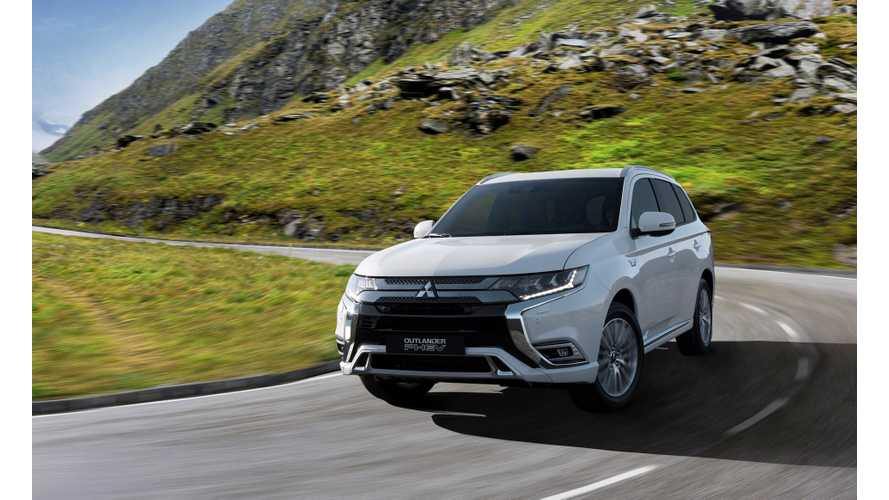 2019 Mitsubishi Outlander PHEV Gets 15% Bigger Battery, Range Improves