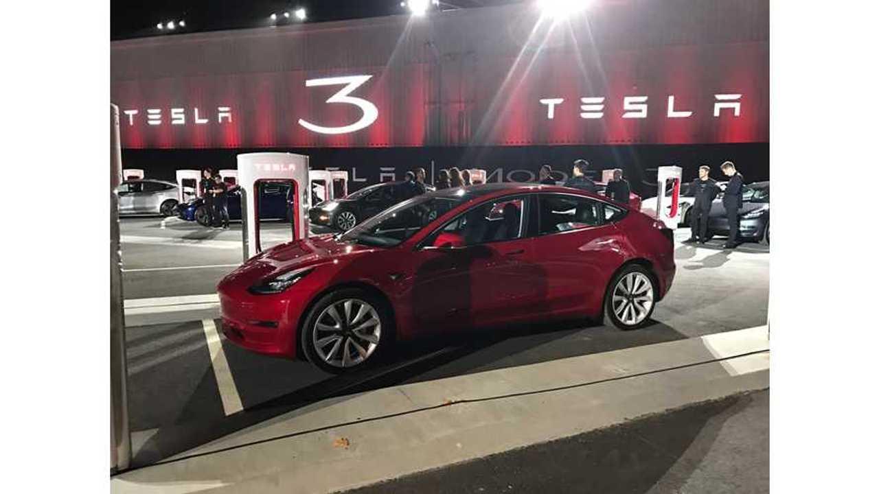 Tesla Model 3 Depositors Seem Willing To Wait Out Delays