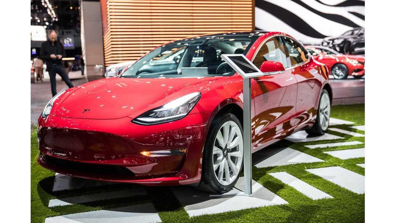 Tesla Model 3 At La Auto Show