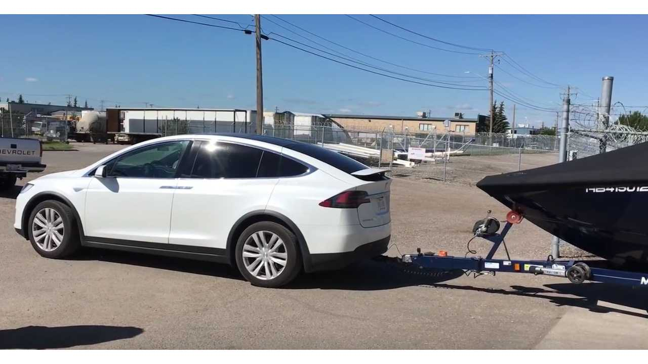 Towing With A Tesla Model X - Video