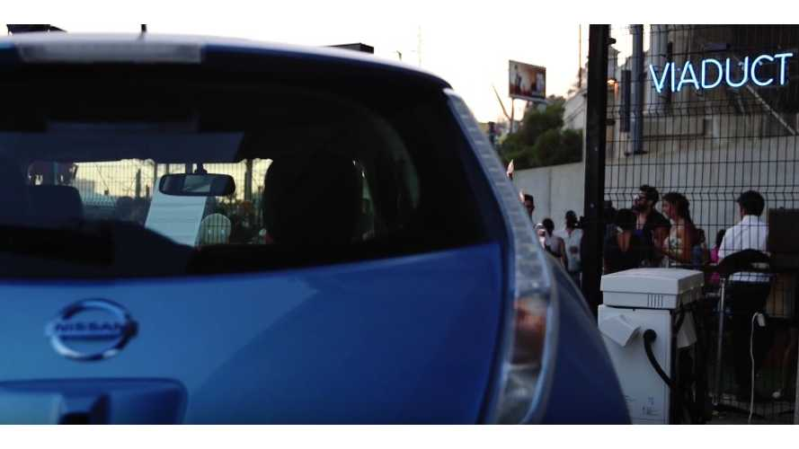 Nissan LEAF Powers A Concert Using V2H (CHAdeMO) - Video