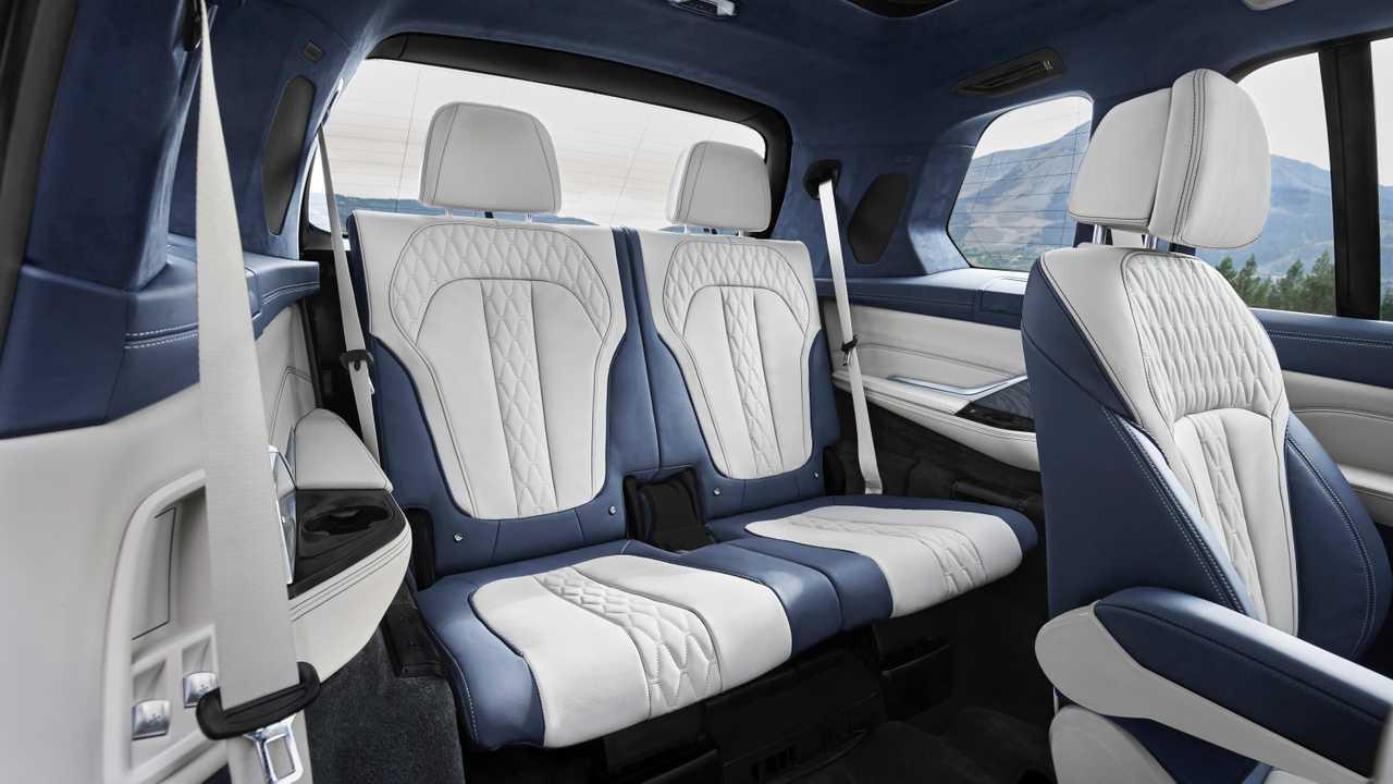 Ja Dirigimos Bmw X7 E Um Transatlantico De Luxo Sobre Rodas