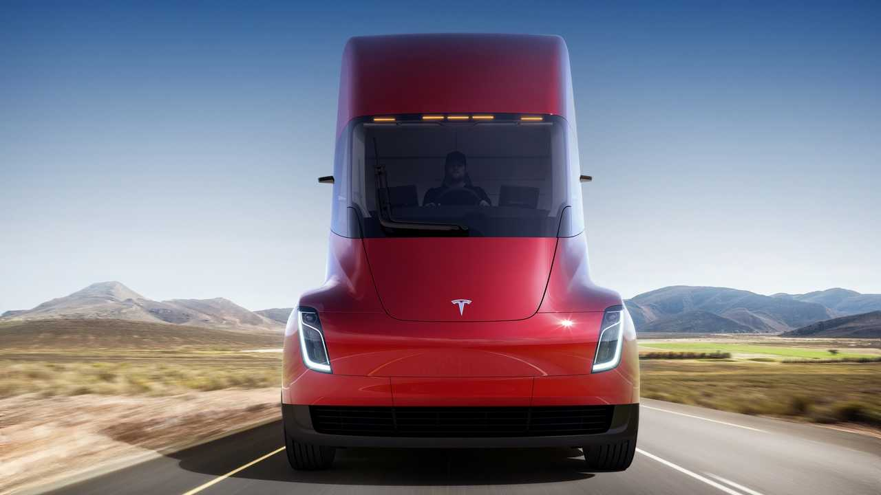 New Tesla Semi Video Shows 26 Cameras, Sleeper Also Coming
