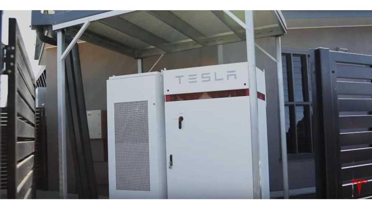 Tesla Powerpack + Solar Powering Queensland School