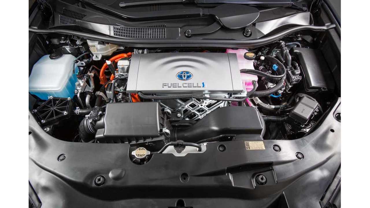 Toyota Mirai under the hood