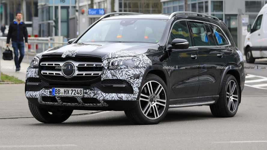 Mercedes-Benz GLS-Class Caught Nearly Naked Ahead Of NY Debut