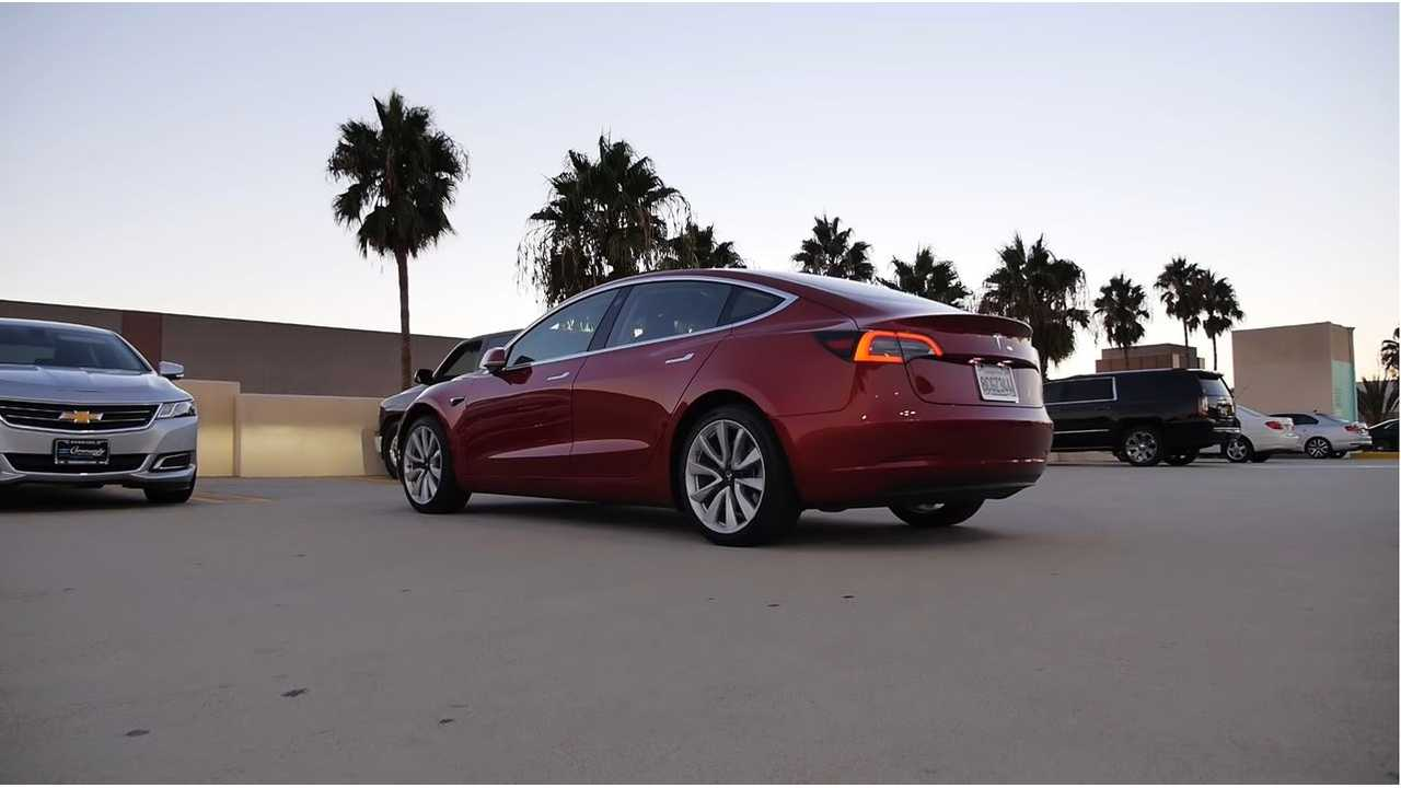 UPDATE: Tesla Full Self Driving Option Is Removed From Model 3, S And X