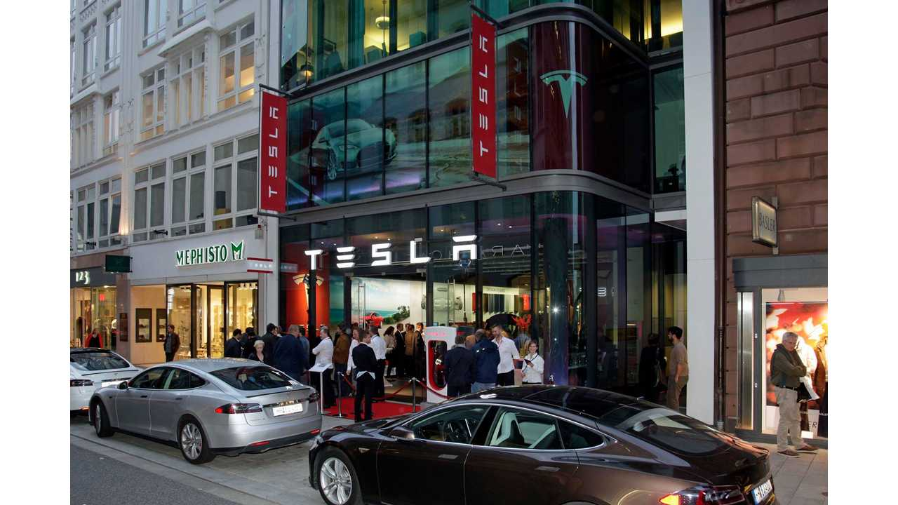 Tesla Boutique Store In Hamburg, Germany