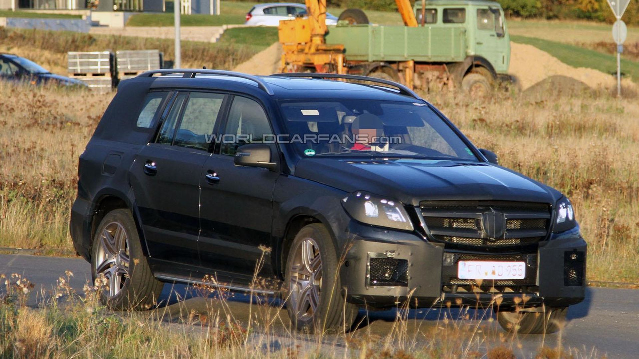 2012 Mercedes GL63 AMG spy photo - 26.10.2011