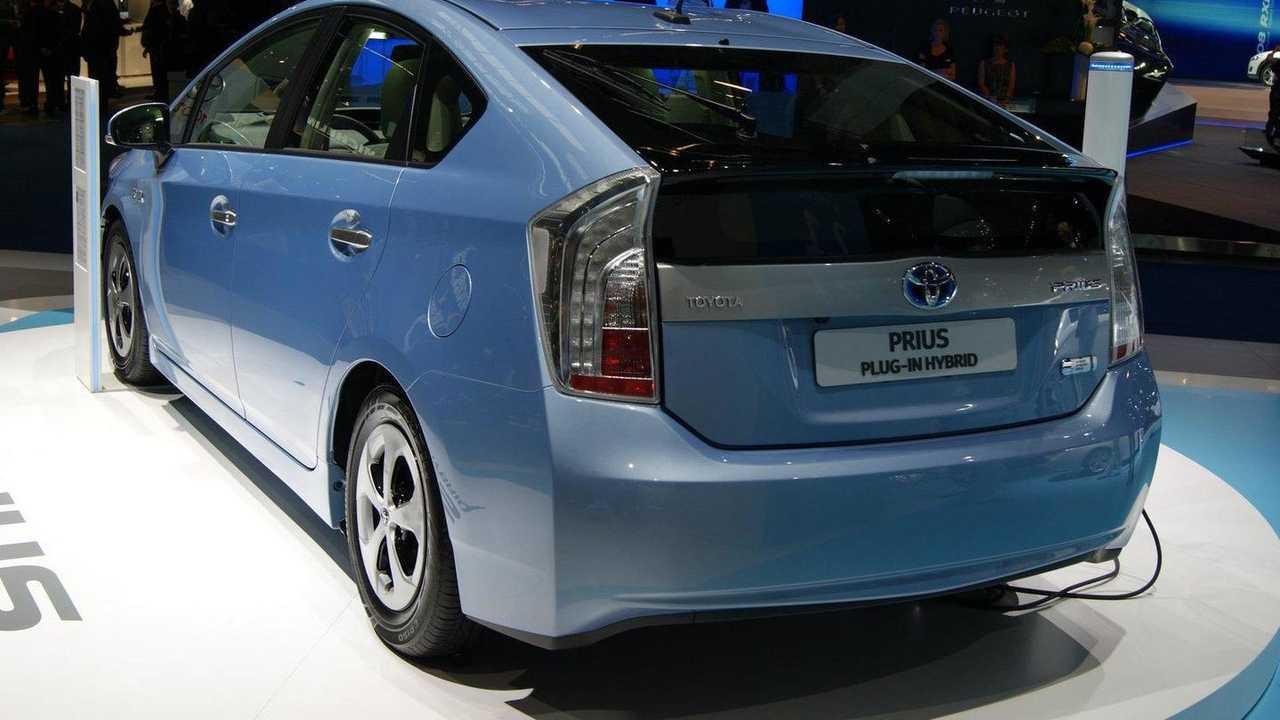 Toyota Prius Plug-in Hybrid live in Frankfurt 13.09.2011