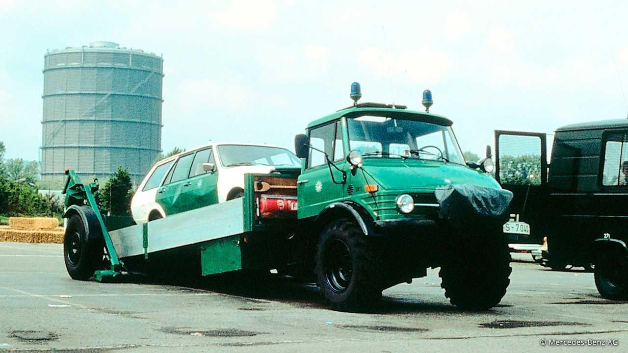 Historische Polizeifahrzeuge in Deutschland: Unimog