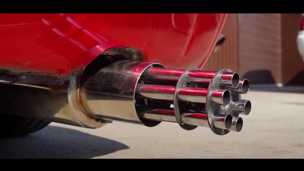 Lada W-val Machinegun kipufogó, Gullwing Ajtók Orosz Tuning At Finest