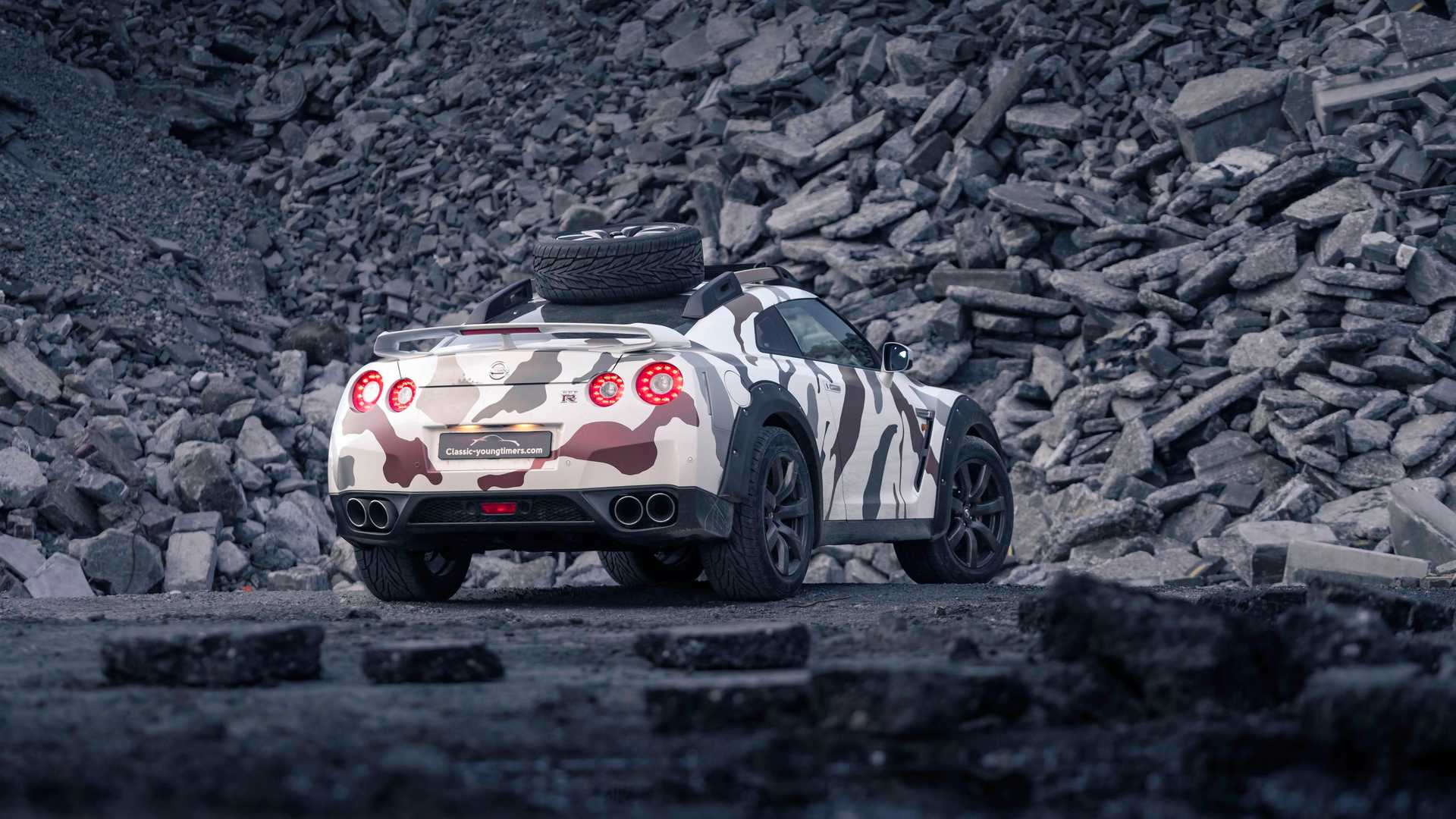 2007 - [Nissan] GT-R - Page 22 Nissan-gt-r-offroad-godzilla-2.0
