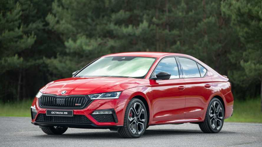 2021 Skoda Octavia RS Debuts With TSI And TDI Engines, Optional AWD