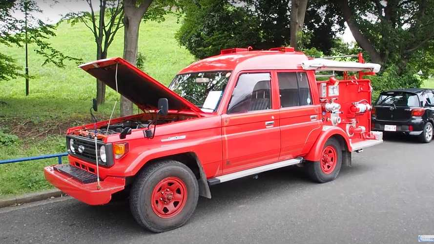 Toyota Land Cruiser Fire Truck Is Lit