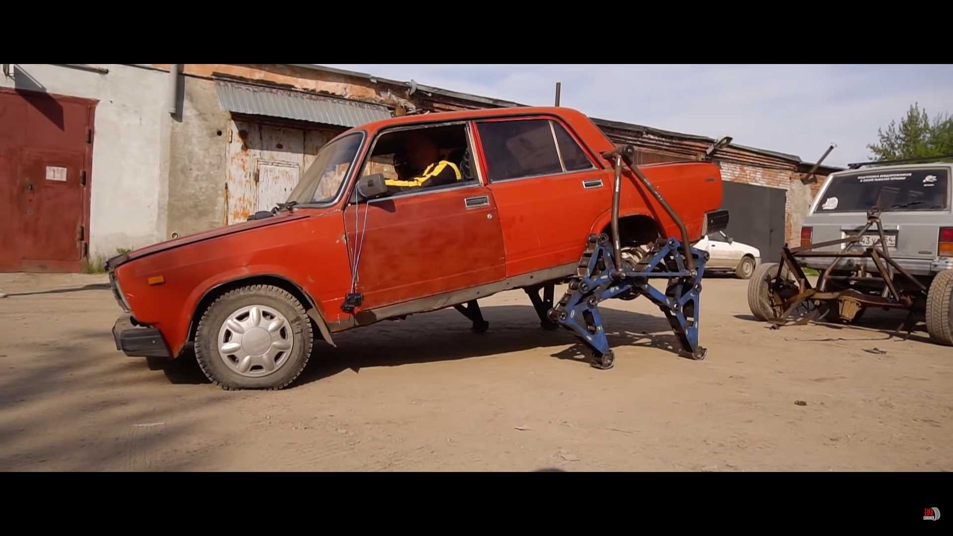 Crazy Lada With Working Legs Proves You Haven't Seen Everything Yet