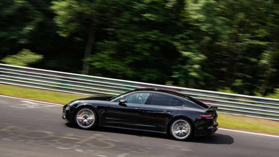 Porsche'nin yeni Panamera versiyonu Nürburgring'de rekor kırdı