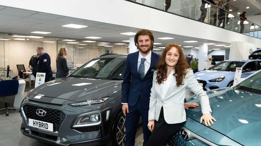 Chelsea FC stars go undercover as Hyundai salespeople