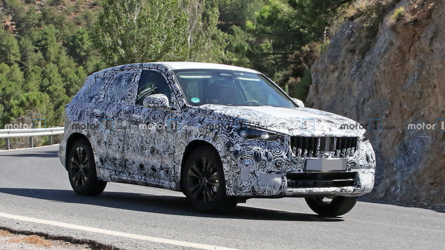 2022 BMW X1 Spied Undergoing Tests On Public Roads