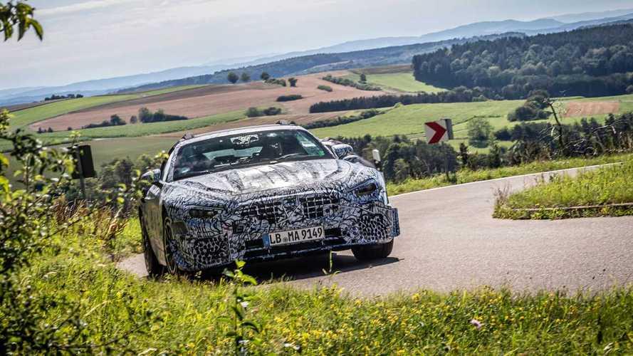 Официальные фото с испытаний нового Mercedes-AMG SL