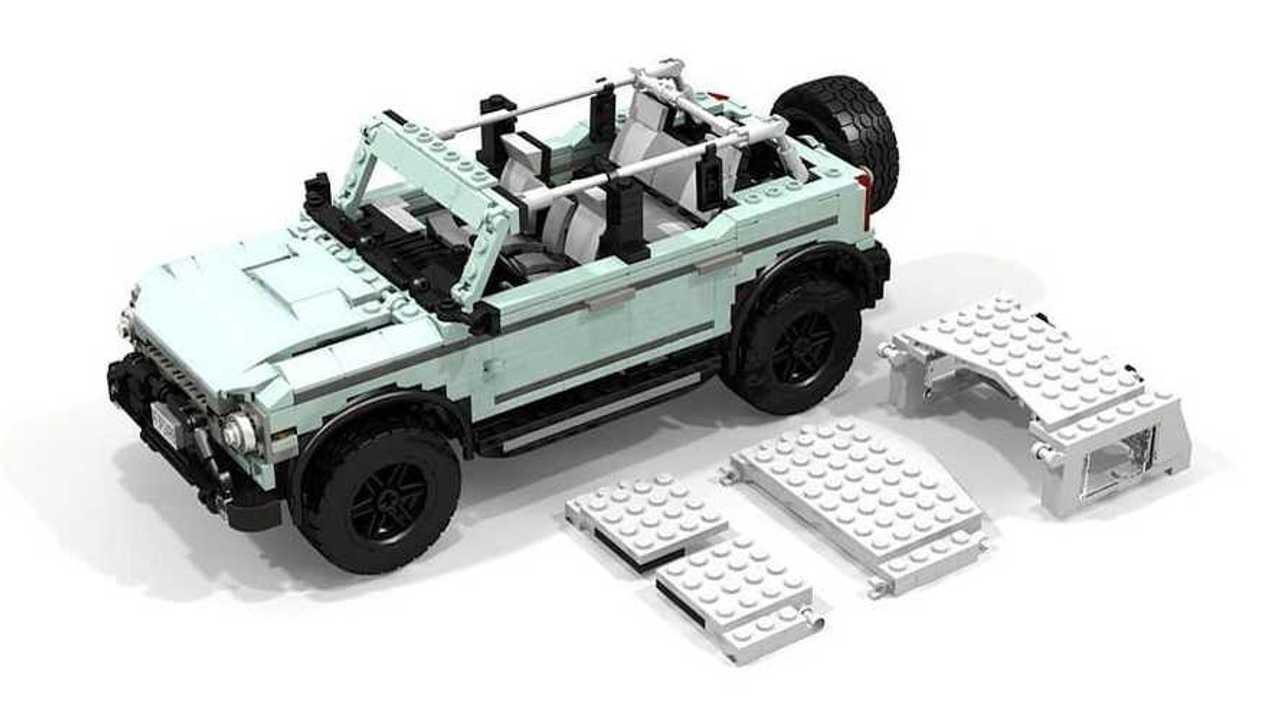 Lego Ford Bronco dengan atap yang bisa dibuka.