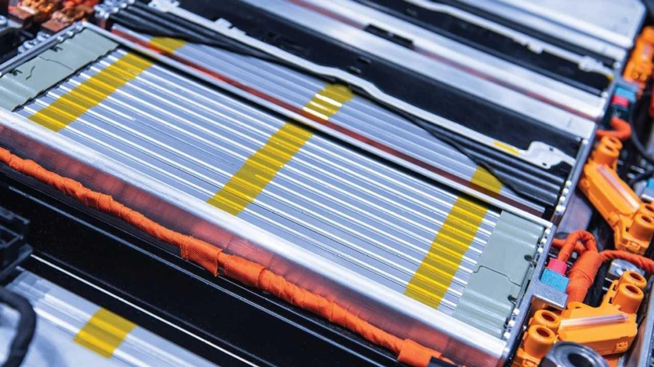 Roskill: Li-ion battery demand forecast