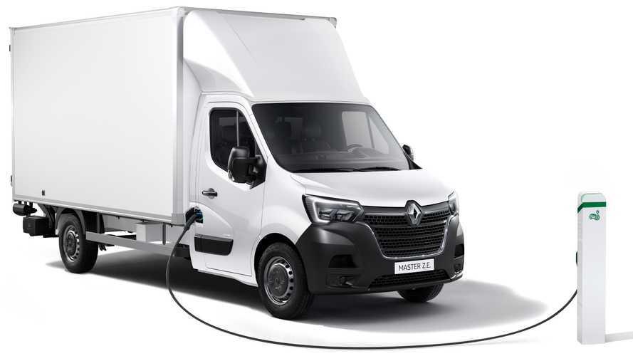 Renault Master Z.E., 120 km di autonomia e prezzi da 53.950 euro