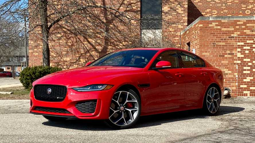 2020 Jaguar XE: Review