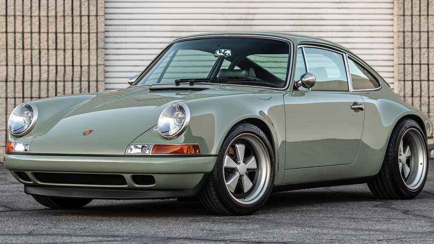 Singer's Latest Reimagined 911 Will Leave You Green With Envy