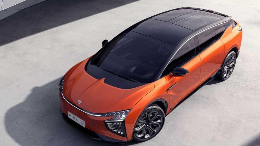 SUV elétrico futurista e cheio de tecnologia é o novo anti-Tesla Model X