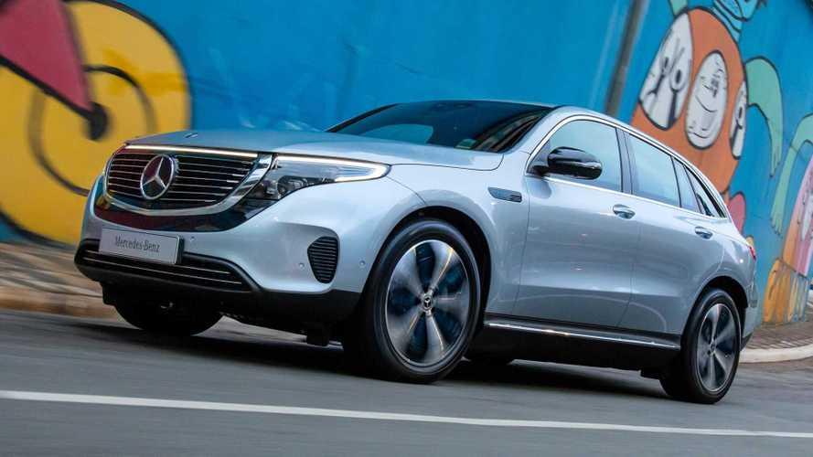 Mercedes-Benz EQC começa a chegar às lojas do Brasil por R$ 575.000