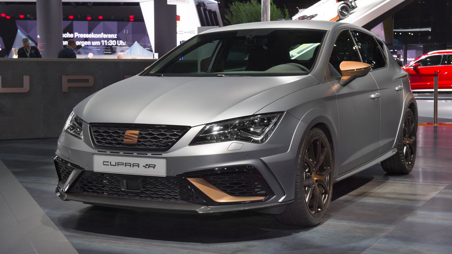 SEAT Leon Cupra R Races Into Frankfurt With 310 Horsepower