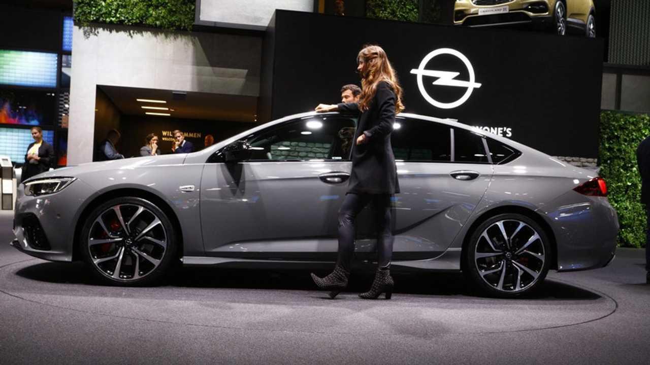 Opel Insignia Frankfurt Otomobil Fuarı