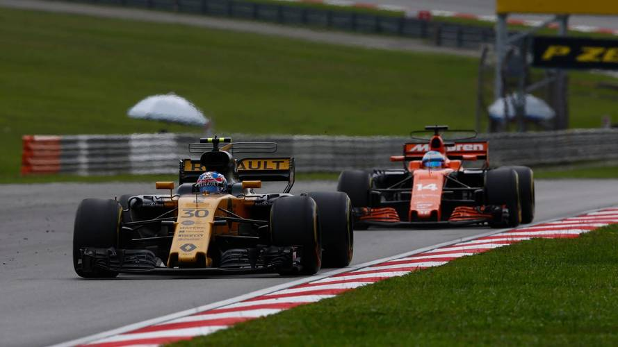 "F1: Renault ""Not Afraid"" Of Being Beaten By McLaren In 2018"