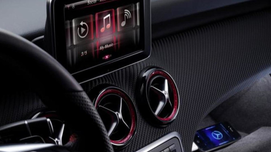 2013 Mercedes A-Class interior : first official images