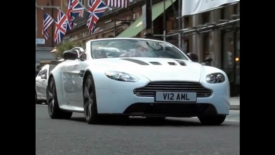 Vídeo: Aston Martin V12 Vantage Roadster é revelado nas ruas de Londres