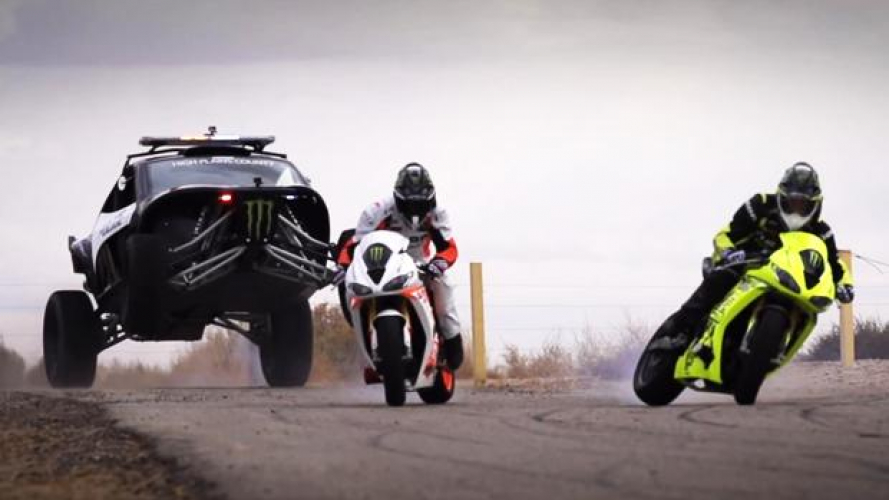 Motorcycle vs. Car Drift Battle 3: The Driftpocalypse - VIDEO