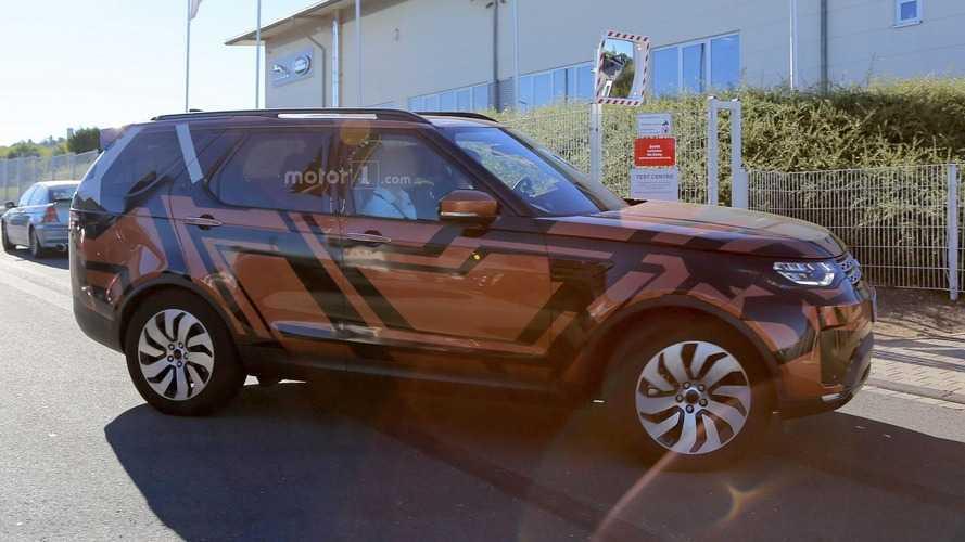 2017 Land Rover Discovery'ye detaylı bir bakış