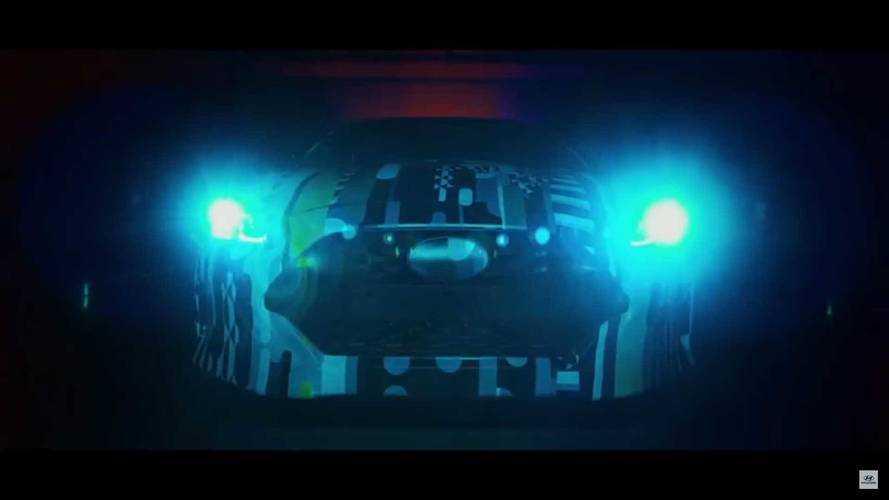 2018 Hyundai Veloster gürültülü bir videoyla geliyor
