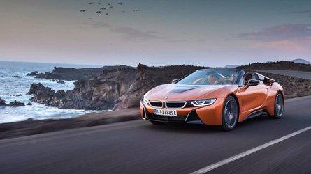 BMW i8 Roadster (2018) - Sportive, hybride et cabriolet !